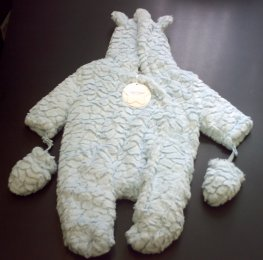 FLUFFY SNOW SUIT-15C290